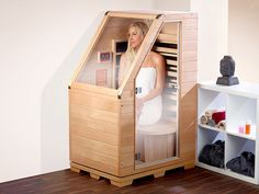 Diy Sauna, Sauna Infrarouge, Sauna Room, Home Spa Room, Spa Rooms, Design Sauna, Building A Sauna, Sauna Shower, Eaves Storage