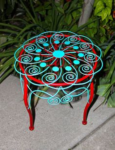Plant Stand Red / Turquoise/ Flower/ Patio Decor/ Plant/ Ornate/ Hand Painted - can totally do something like this with an old plant stand Turquoise Cottage, Red Cottage, Turquoise Flowers, Red Turquoise, Aqua, Porch Decorating, Decorating Your Home, Decorating Ideas, Red And Teal