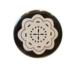 Pocket Mirror White Flower. Design Sara Vestberg