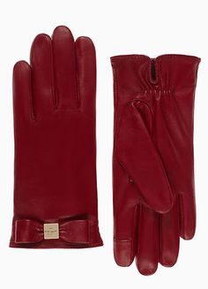 leather bow gloves  http://rstyle.me/n/tqcjwpdpe