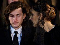 EN IMAGES. Céline Dion et ses proches soudés aux obsèques de René Angélil - L'Express Styles