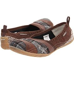 Merrell at 6pm. Free shipping, get your brand fix!