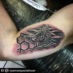 Weed Tattos Photos and Art Ideas. We Select Only Best Weed Tattoos for You! Dope Tattoos, Unique Tattoos, Tatoos, Old School Tattoo Designs, Best Tattoo Designs, Cannabis, Cartoon Smoke, Drugs Art, Tattoo Ideas