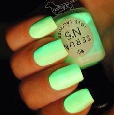 Neon nails boo! Love, Love, Love!!!