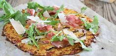 Banting, LCHF, cauliflower pizza (LOW CARB HIGH FAT)