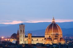 Temperatures maybe plummeting here in the UK . but you can still enjoy a lovely weekend of sightseeing in the sun and al-fresco dining in Florence! Italy Tours, Places In Europe, Weekends Away, City Break, Honeymoon Destinations, Florence Italy, Best Cities, Summer Travel, Wonderful Places