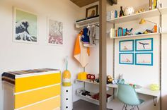 Shelves that take on the identity of their surroundings. Whether for grown-ups or kids, the shelves are the same