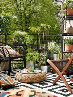 Small Balcony Ideas | Balcony Ideas & Patios | Pinterest | Balkon ...