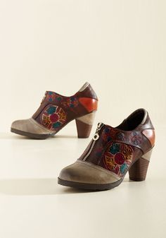 Creative Flavor Leather Heel. Use these leather heels to spruce up a minimalist look or mingle their marvelously colorful medallions with other designs! #grey #modcloth