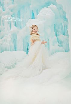 Frozen inspired Photo Shoot Ice Princess instagram: lovefelicity www.facebook.com/littlemaephotography