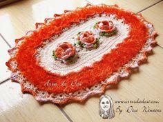 Artes da Desi: Tapete Oval Rosa Franzida de Crochê
