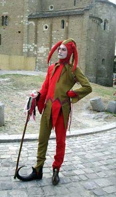 The jester Wamba Jester Outfit, Jester Costume, Jester Hat, Court Jester, Larp, Medieval Jester, Jean Fouquet, Costume Vert, Eslava