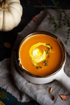 Pin on Beauty Pin on Beauty Best Soup Recipes, Vegan Recipes, Dinner Recipes, Vegan Cake, Vegan Desserts, Vegan Gains, Pumpkin Soup, Aesthetic Food, Recipes