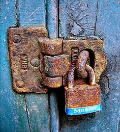 *Can't get in without a rusty key~ Old Doors, Windows And Doors, Pot Pourri, Door Knobs And Knockers, Under Lock And Key, Old Keys, Peeling Paint, Rusty Metal, Door Locks