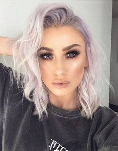 Best hair color for Hazel Eyes - frisuren - Lilac Hair Cool Hair Color, Pastel Hair Colour, 2 Tone Hair Color, Dyed Hair Pastel, Hair Colours, Pastel Blue, Pastel Colors, Pink Hair, Ash Purple Hair