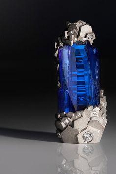 Tanzanite and diamond, Fine Jewellery Art by Ornella Iannuzzi