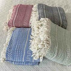 Cotton Throw Blanket Coastal Beauty - Sky Blue - Yummy Linen Linen Sheets, Linen Bedding, Large Throws, Cotton Kimono, Cotton Throws, Quilt Cover, Slow Fashion, Dusty Rose, Textile Design