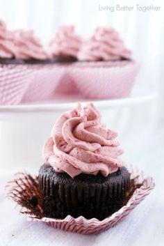 Dark Chocolate Cupcakes with Raspberry Vanilla Creme | Cake Recipes | Creative Cakes, Home Made, Cake Shops