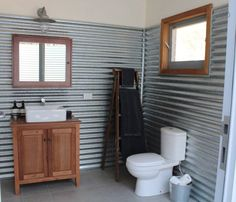 Classic Aussie shearing shed ideal home Outdoor Bathrooms, Rustic Bathrooms, Shed Plans, House Plans, Shed Design, House Design, Garden Design, Farm Shed, Tin Shed