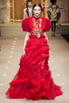 807 best Baroque flowers images on Pinterest   Fashion show, Fashion ... 7f7282403ed3