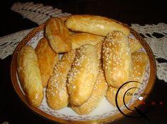 Αλμυρά Κουλουράκια!!! Pretzel Bites, Hot Dog Buns, Bread, Recipes, Food, Brot, Essen, Baking, Eten