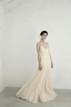 Cortana wedding dress collection designed by Rosa Esteva. Shop a selection of bridal gowns and cocktail fashion at www.cortana.es/en