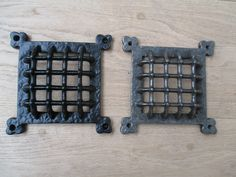 JOHN T. - IRONMONGERY WORLD® CAST IRON VINTAGE MEDIEVAL GOTHIC WINDOW DOOR VENTILATION GRILL APERTURE COVER (ANTIQUE IRON): Amazon.co.uk: DIY & Tools
