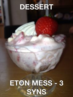 Eton Mess Slimming World Slimming World Sweets, Slimming World Tips, Slimming Recipes, Slimmers World Recipes, Healthy Eating Recipes, Cooking Recipes, Sw Meals, Eton Mess, Healthy Exercise