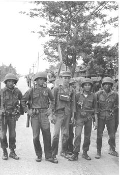 September 23-30, 1965     On a weeklong battle for the Phu Co outpost along Highway 1 northwest of Qui Nonh, II CTZ, the 41st ARVN Infantry Regiment, 23d ARVN Infantry Division, killed an estimated 700 Vietcongs. Friendly casualties were moderate in the action, which involved an overall Vietcong force estimated at regiment size.