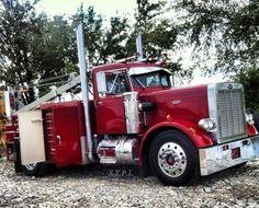 Peterbilt 359 service truck Big Rig Trucks, Semi Trucks, Cool Trucks, Welding Trucks, Welding Rigs, Peterbilt 359, Peterbilt Trucks, Welding Services, Truck Mechanic