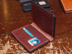 免許証ケース・カード入れ付き(TN-43)はタンドーソフト革を使用したワイルドな革ケース「HERZ(ヘルツ)公式通販」