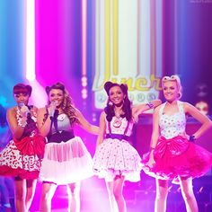 I love this little mix picture! They're outfits are adorable!