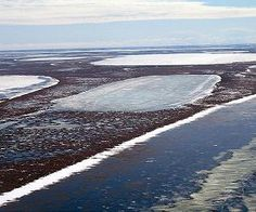 http://www.spacedaily.com/reports/Permafrost_thawing_below_shallow_Arctic_lakes_999.html