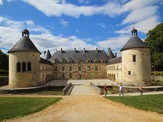 Versailles to Victoria: Chateau of the day: Château de Bussy-Rabutin