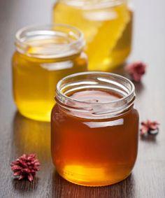 Split Ends & Dry Scalp Natural Remedy: Manuka Honey - Hair Care Best Natural Skin Care, Natural Hair Tips, Natural Hair Styles, Natural Honey, Natural Beauty, Natural Dry Scalp Remedy, Natural Remedies, Manuka Honey Benefits, Curly Nikki