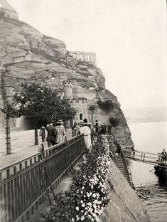Vyšehradské skála History Photos, Czech Republic, Vintage Images, Prague, Mount Rushmore, Old Things, Mountains, Black And White, Nature