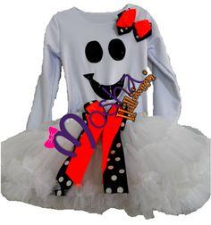 Booo Nada mas Adorable que una fantasmita, diseño Mosha Couture sorprende con tu estilo.