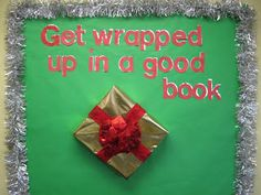 Lorri's School Library Blog: Christmas School Library Bulletin Boards-(check out my other bulletin board posts)
