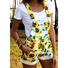 Buy S-XXL New Summer Casual Cute Overalls Sunflower Printed Shorts Jumpsuit Rompers In White and Yellow at Wish - Shopping Made Fun Cute Overalls, Overalls Outfit, Denim Overalls, Short Overalls, Dungarees, Overalls Women, Kimono Outfit, Casual Summer Outfits, Spring Outfits