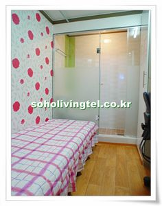 Soho Livingtel 430k~ KRW  Rooms are included with private bathroom and shower. Rooms without sunlight starts from 430USD. Rooms with sunlight starts from 470USD