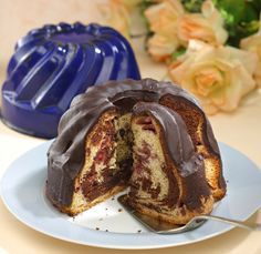 Fekete-erdei kuglóf – Receptletöltés Pancakes, Muffin, Pudding, Breakfast, Food, Morning Coffee, Custard Pudding, Essen, Pancake