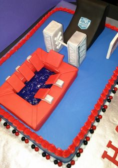 American Ninja Warrior Cake Ninja Birthday Cake, Ninja Cake, Karate Birthday, Ninja Birthday Parties, Ninja Party, 9th Birthday, Girl Birthday, Birthday Cakes, Birthday Ideas