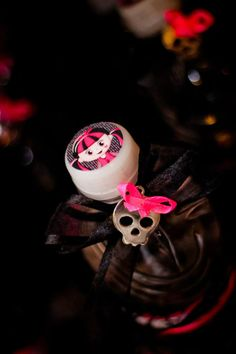 Monster High 8 Birthday Party via Idéias do partido de Kara |. Kara'sPartyIdeas com # monstro # alta # birthday party (4)