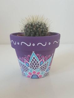 Small Hand Painted Flower Pot - Purple with Beautiful Design - Painted Plant Pots, Painted Flower Pots, Painted Stones, Pots D'argile, Clay Pots, Purple Plants, Small Potted Plants, Plant Painting, Clay Pot Crafts