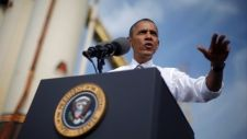 Obama cancels Asia trip; Democrats ramp up pressure on GOP to end U.S. shutdown