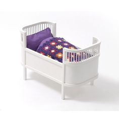 Smallstuff doll bed
