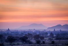 Sunrise from the Bulethi stupa in Bagan. Photo: John Einar Sandvand More photos: http://sandvand.net/photography-myanmar-marvelling-temples-bagan/