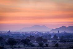 Sunrise from the Bulethi stupa in Bagan. Photo: John Einar Sandvand More photos: http://sandvand.net/photography-myanmar-marvelling-temples-bagan/