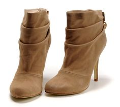 Google Image Result for http://www.ballerinaflatssale.com/images/Tory%2520Burch%2520Boots/Tory%2520Burch%2520Bari%2520boots%2520in%2520Chestnut.jpg