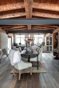 Luxury Canadian home reveals splendid rustic-modern aesthetic Rustic Cafe, Rustic Restaurant, Rustic Bench, Rustic Doors, Rustic Kitchen, Modern Rustic, Modern Decor, Modern Design, Rustic Farmhouse